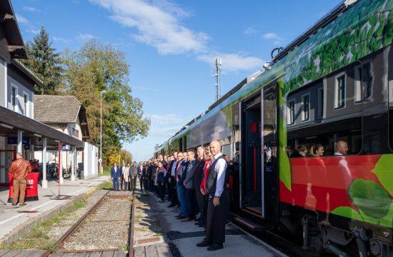 Bürgermeister vor Zug