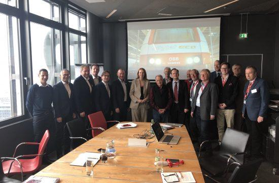 Bundesländer-Vertreter arbeiten gerne auch in Workshops, hier mit der ÖBB-Personenverkehrs-Spitze in Wien.